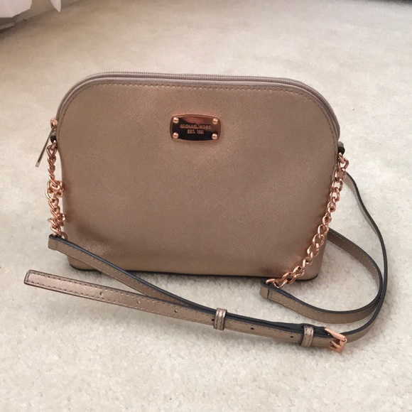 00d17a43f41e8b Authentic Michael Kors Cindy Rose Gold Handbag. M_5adcde183b1608d67fd5939d